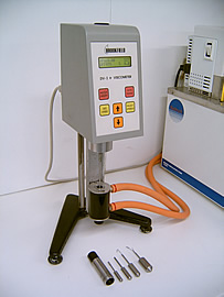 RVDV-1+ Medium Viscosity Brookfield Viscometer (Shown with the SSA Small Sample Adaptor)